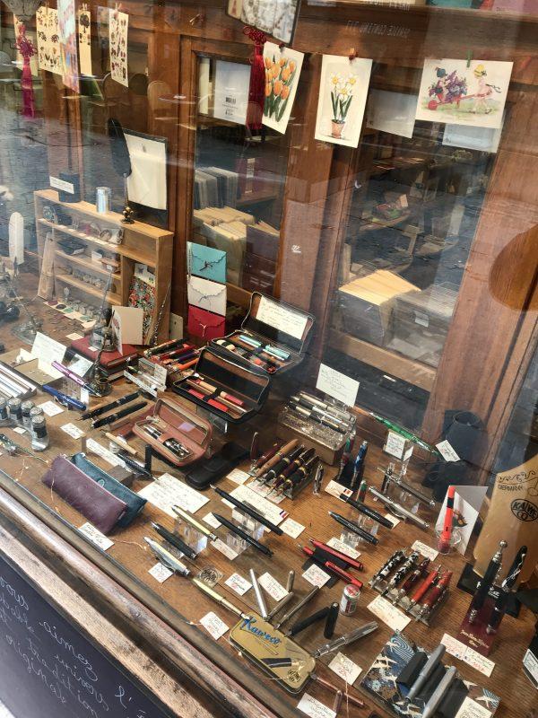 fountain pen shops in Paris L'Ecritoire