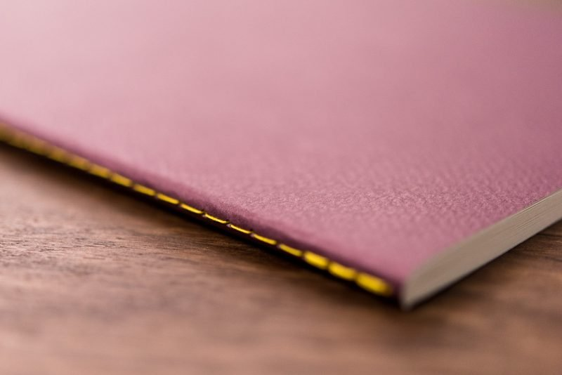Baron Fig Vanguard Notebook Review stitch binding
