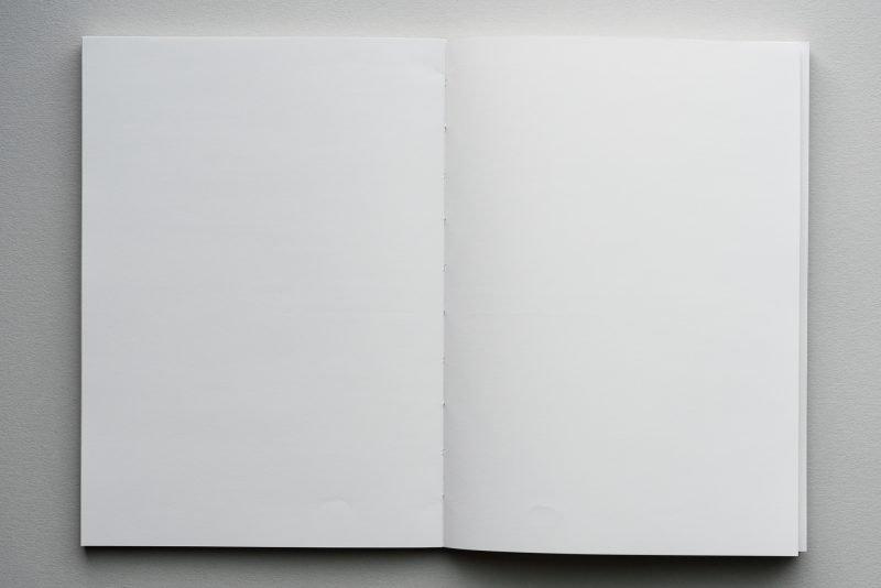 Yoseka Notebook Review lay flat